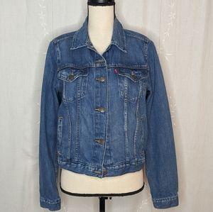 Levi's Classic Denim Jacket w Brand Tag & Buttons